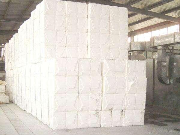 2019年中国木浆纸品消费需求量及产能产量分析