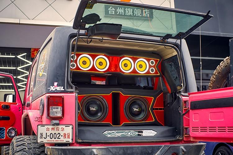 无论去到哪都能炸起来了,台州慧声jeep牧马人音响改装黄金声学作业