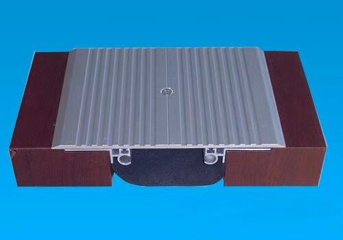 地面变形缝1