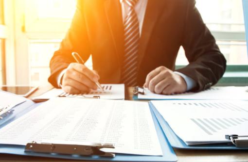 公司逃避债务的现象该如何解决?