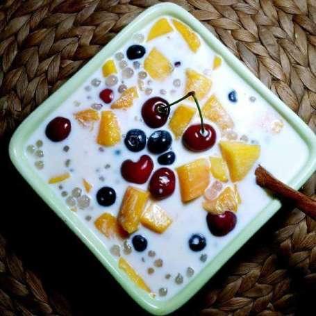 酸奶水果捞