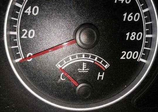 德州昌华救援浅谈汽车发动机温度的重要性!