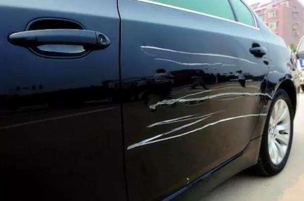 车身划痕怎么修复车身漆面深划痕的修复方法