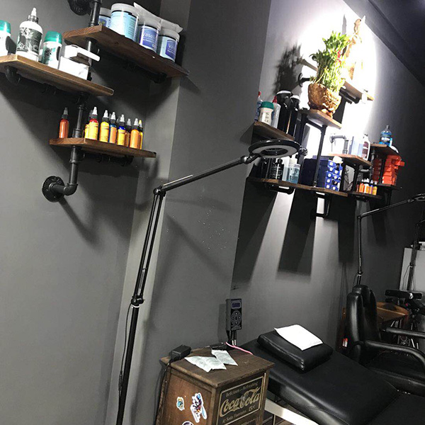 厦门岛内纹身店环境