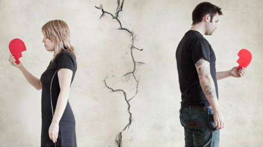婚姻中出轨离婚证据该怎么用?