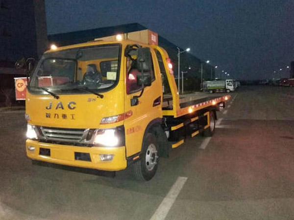 青岛道路拖车救援