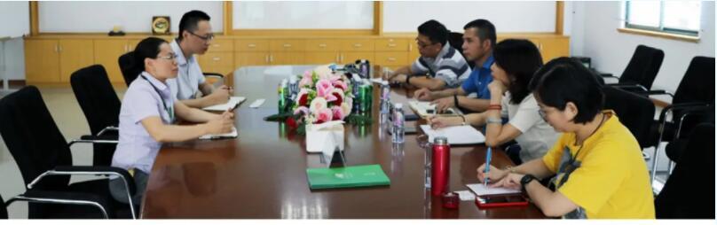 中国质量认证中心负责人参观我公司