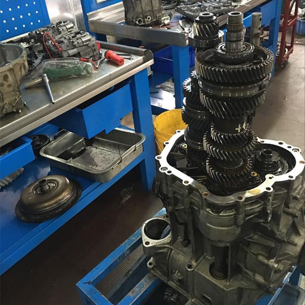 奥迪R8变速箱维修