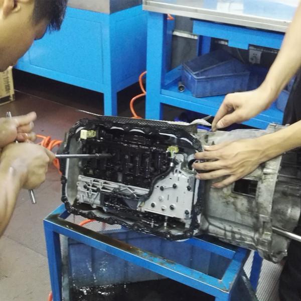 宝马320变速箱维修