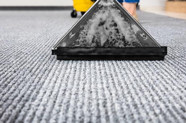 广州保洁公司地毯清洗方法及流程