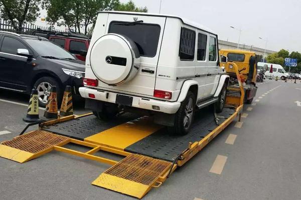 汽车救援清障车维护与保养