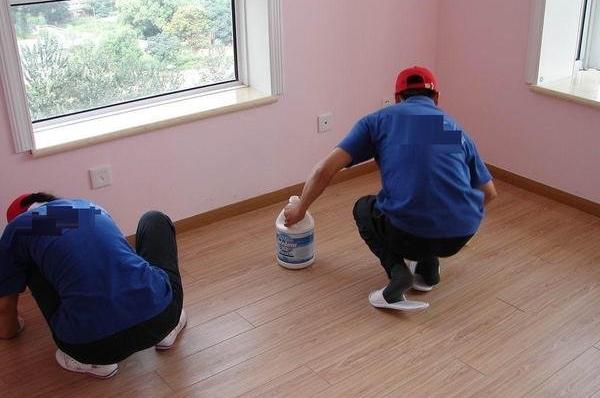 广州开荒保洁解决室内装修中的问题