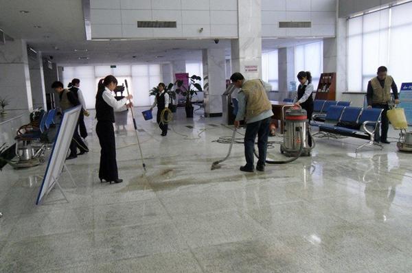 中国清洗清洁保洁行业面临着四大主要问题