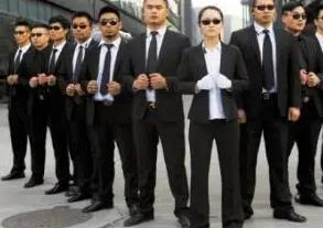 请上海收债公司有什么风险?如何能找到一个合法、安全、靠谱的收债公司?