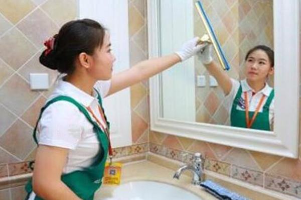 广州保洁公司收费标准有哪些?