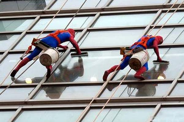 广州外墙清洗高楼外墙什么最难洗?